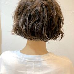 くせ毛風 パーマ ショート ウェーブ ヘアスタイルや髪型の写真・画像