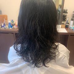 無造作パーマ フェミニン ゆるふわパーマ デジタルパーマ ヘアスタイルや髪型の写真・画像