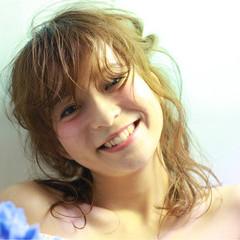 ロング 夏 ヘアアレンジ ハイライト ヘアスタイルや髪型の写真・画像