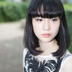 暗髪 ワイドバング 前髪あり ピュア ヘアスタイルや髪型の写真・画像