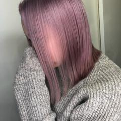 ピンク 切りっぱなしボブ ミニボブ フェミニン ヘアスタイルや髪型の写真・画像