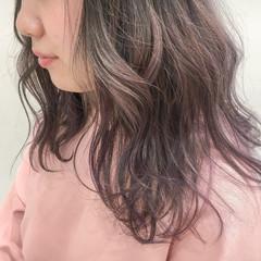 ピンク パープル アッシュグレー アッシュ ヘアスタイルや髪型の写真・画像