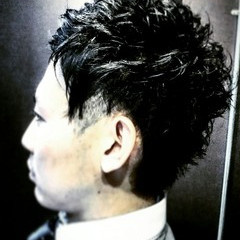 黒髪 メンズ ショート モード ヘアスタイルや髪型の写真・画像