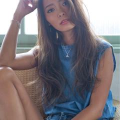 秋 小顔 透明感 ナチュラル ヘアスタイルや髪型の写真・画像