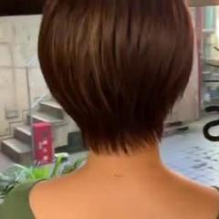縮毛矯正 ゆるふわ ショート ストリート ヘアスタイルや髪型の写真・画像
