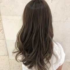 コンサバ ベージュ グレージュ 外国人風カラー ヘアスタイルや髪型の写真・画像