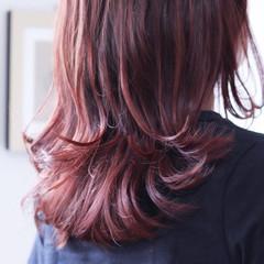 ラベンダー ロング ベリーピンク モーブ ヘアスタイルや髪型の写真・画像