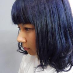 ネイビー ミディアム ブルージュ ストリート ヘアスタイルや髪型の写真・画像