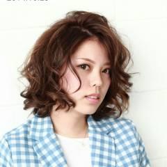 コンサバ フェミニン パーマ モテ髪 ヘアスタイルや髪型の写真・画像