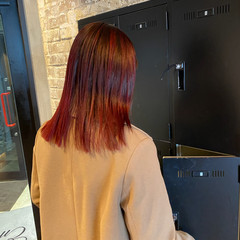 バレイヤージュ ロング ピンク ナチュラル ヘアスタイルや髪型の写真・画像