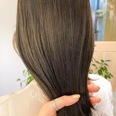 ベージュ ミディアム シアーベージュ オリーブベージュ ヘアスタイルや髪型の写真・画像