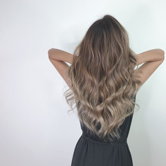 デザインカラー 外国人風カラー ナチュラル ブリーチカラー ヘアスタイルや髪型の写真・画像