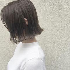 デート 外ハネ 切りっぱなし ハイライト ヘアスタイルや髪型の写真・画像