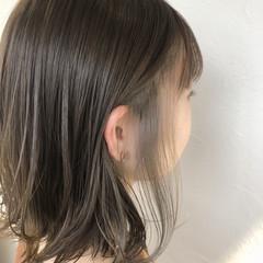 アクセサリーカラー ハイライト インナーカラー 透明感カラー ヘアスタイルや髪型の写真・画像