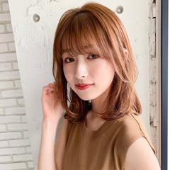 デジタルパーマ シースルーバング レイヤー ミディアム ヘアスタイルや髪型の写真・画像