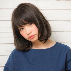 大人女子 ミルクティー ナチュラル ニュアンス ヘアスタイルや髪型の写真・画像