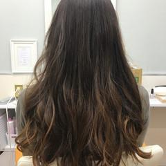 ストリート ロング ハイライト 大人女子 ヘアスタイルや髪型の写真・画像