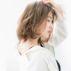 ナチュラル ショート ロブ 前髪あり ヘアスタイルや髪型の写真・画像