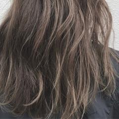 ナチュラル ロング 透明感 アッシュ ヘアスタイルや髪型の写真・画像