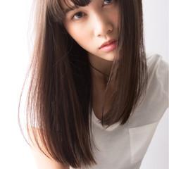モード セミロング アッシュ ストレート ヘアスタイルや髪型の写真・画像