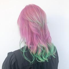 フェミニン ブリーチオンカラー ブリーチ ホワイトブリーチ ヘアスタイルや髪型の写真・画像