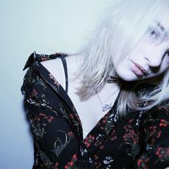 大人女子 デート セミロング ニュアンス ヘアスタイルや髪型の写真・画像