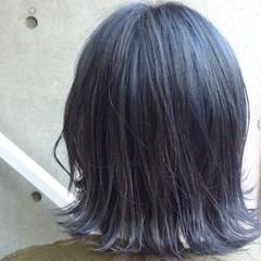 グレー ボブ ネイビーアッシュ ネイビー ヘアスタイルや髪型の写真・画像