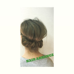 くるりんぱ フェミニン ミディアム 簡単 ヘアスタイルや髪型の写真・画像