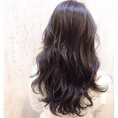 アッシュ ブルージュ ロング 暗髪 ヘアスタイルや髪型の写真・画像