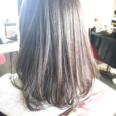 ミディアム 透明感カラー ナチュラル 圧倒的透明感 ヘアスタイルや髪型の写真・画像