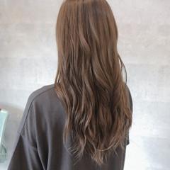 上品 女子会 グレージュ デート ヘアスタイルや髪型の写真・画像