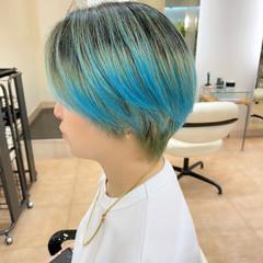 ブルーグラデーション オーロラカラー ショート ブルー ヘアスタイルや髪型の写真・画像