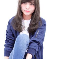 セミロング 外国人風 モテ髪 透明感 ヘアスタイルや髪型の写真・画像