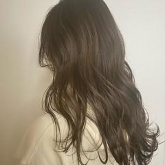 フェミニン セミロング ミディアムレイヤー 大人ミディアム ヘアスタイルや髪型の写真・画像
