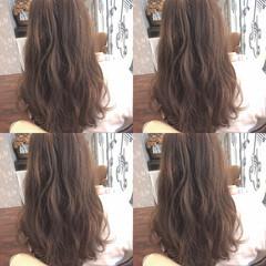 くせ毛風 フェミニン ゆるふわ セミロング ヘアスタイルや髪型の写真・画像