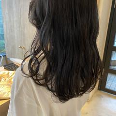 ミディアム 透明感カラー アッシュグレージュ ナチュラル ヘアスタイルや髪型の写真・画像