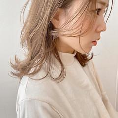 ナチュラル ミディアム インナーカラー ヘアスタイルや髪型の写真・画像