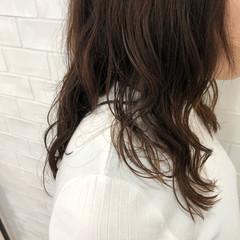 簡単 パーマ デート オフィス ヘアスタイルや髪型の写真・画像