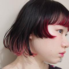 インナーピンク モード インナーカラー 切りっぱなしボブ ヘアスタイルや髪型の写真・画像