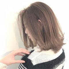 ボブ 秋 ミディアム アッシュ ヘアスタイルや髪型の写真・画像