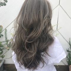 バレイヤージュ シースルーバング ロング ハイライト ヘアスタイルや髪型の写真・画像