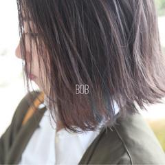 ボブ インナーカラー アッシュ ハイトーン ヘアスタイルや髪型の写真・画像