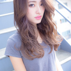 アッシュ 抜け感 ロング 透明感 ヘアスタイルや髪型の写真・画像