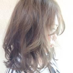 ゆるふわ 黒髪 大人かわいい アッシュ ヘアスタイルや髪型の写真・画像