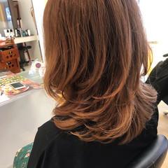 デート ロング パーマ フェミニン ヘアスタイルや髪型の写真・画像