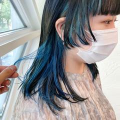 ミディアム ターコイズブルー ターコイズ ウルフカット ヘアスタイルや髪型の写真・画像