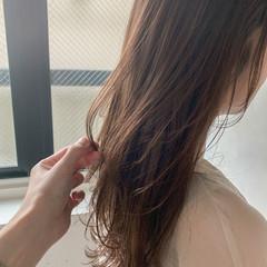 レイヤーカット ロング アンニュイほつれヘア こなれ感 ヘアスタイルや髪型の写真・画像