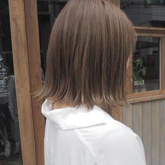 リラックス 透明感 秋 切りっぱなし ヘアスタイルや髪型の写真・画像