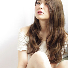 フェミニン ゆるふわ 大人かわいい ロング ヘアスタイルや髪型の写真・画像
