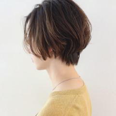 インナーカラー パーマ グラデーションカラー ストリート ヘアスタイルや髪型の写真・画像